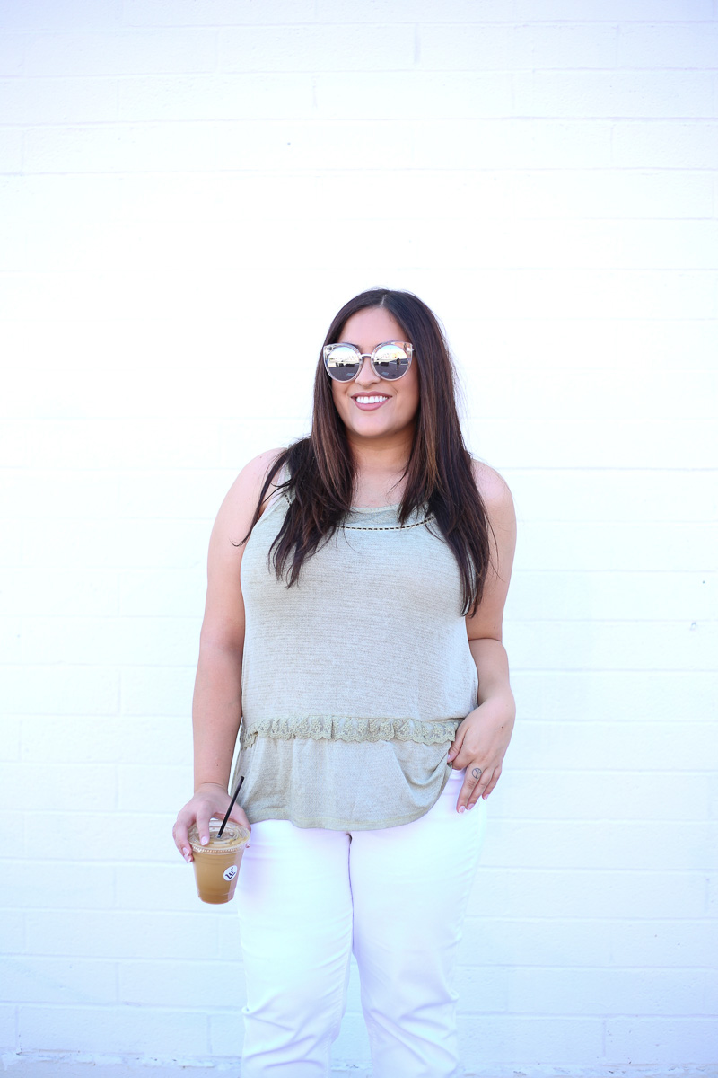 White Crop Jeans for Summer-4