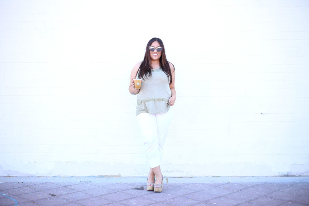 White Crop Jeans for Summer-5