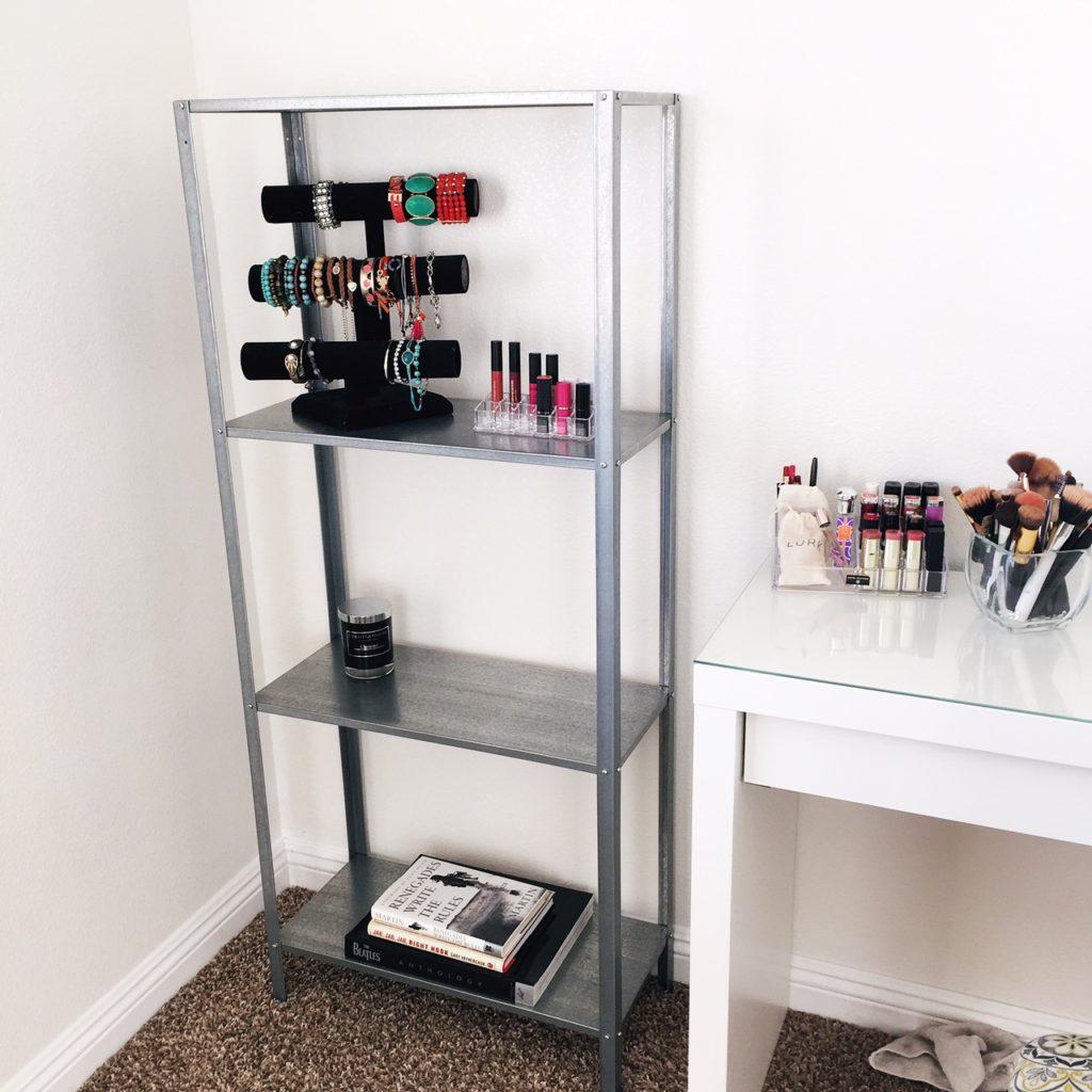 beauty room, makeup vanity, shelfie