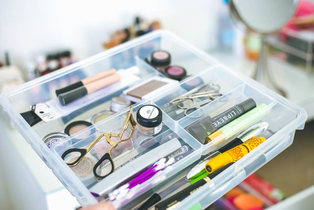 ikea malm vanity, makeup vanity-2